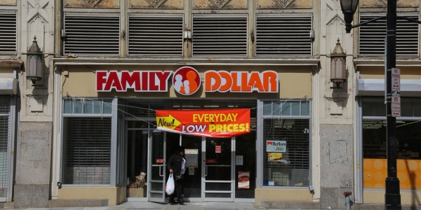 The Impact of Dollar Stores and How Communities Can Fight Back (Fact Sheet)