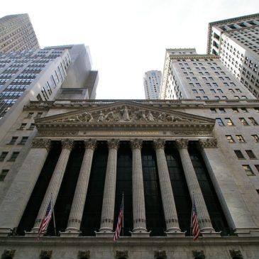 Photo: Wall Street.